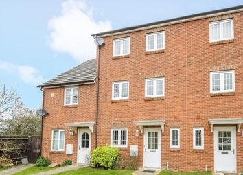 Thumbnail 3 bedroom town house to rent in Chatsworth Park, Winnersh