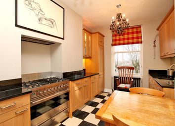 Thumbnail 1 bed flat to rent in Sutton Court, Sutton Court Road, Chiswick, London