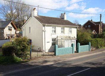 Thumbnail 3 bed detached house for sale in Dorlangoch, Brecon