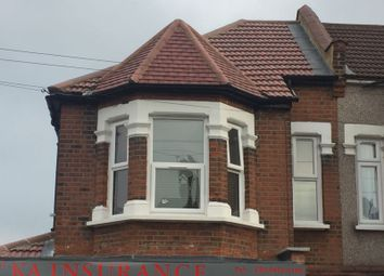 Thumbnail 2 bed flat to rent in Richmond Road, Ilford, Essex
