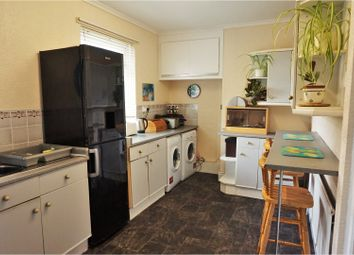 Thumbnail 3 bedroom town house for sale in Undercliffe Road, Bradford