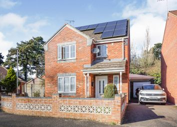 3 bed detached house for sale in Poplar Close, Sleaford NG34