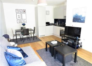 Thumbnail Flat to rent in The Gore, Basildon