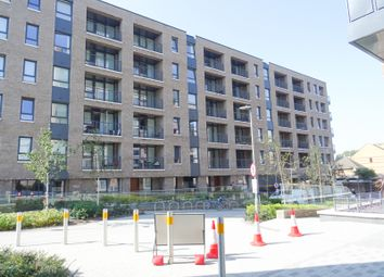 Marine Wharf East, Harbourside Court, Deptford SE8. 1 bed flat for sale