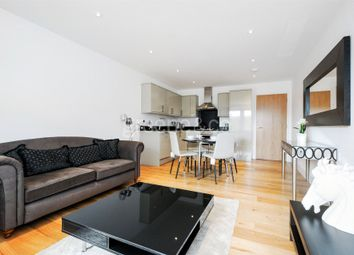 Thumbnail 3 bed flat to rent in Claridge House, 91 Mortimer Road, London