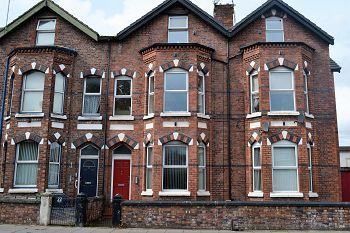 Thumbnail 2 bedroom flat to rent in New Chester Road, New Ferry, Wirral