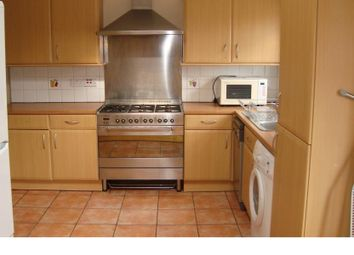Thumbnail 5 bed property to rent in Franlaw Crescent, Palmers Green