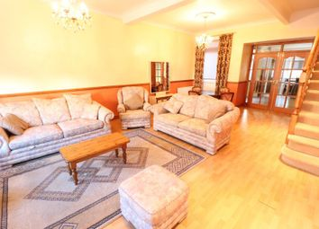 Thumbnail 3 bed property to rent in Effingham Road, Harringey