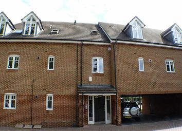Thumbnail 2 bed flat to rent in Rosewood Court, Byfleet, Surrey