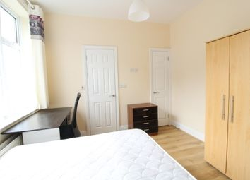 Thumbnail 5 bed flat to rent in Store Street, Sheffield