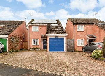 Thumbnail 3 bed detached house for sale in Eagle Close, Wokingham, Berkshire