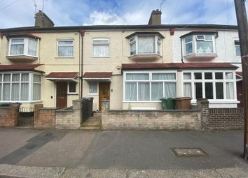 4 bed terraced house to rent in West End Avenue, London E10