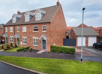 Thumbnail 3 bed town house for sale in Roeburn Way, Spalding