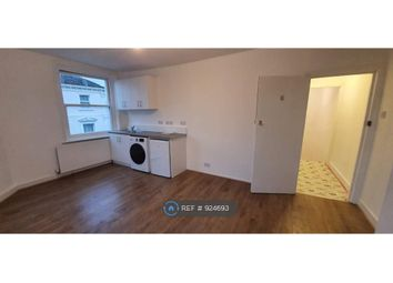 Room to rent in Camberwell Church Street, London SE5