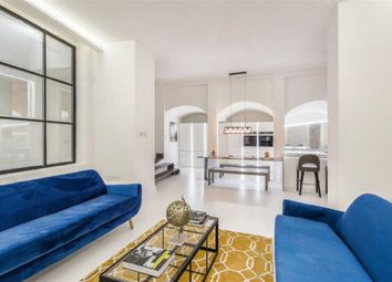 Thumbnail 2 bed flat for sale in Earls Court Road, London