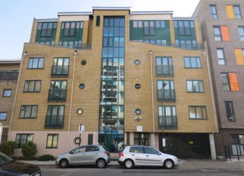 2 bed maisonette to rent in Stainsby Road, London E14