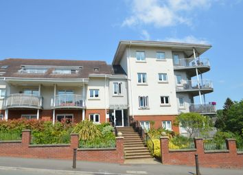 2 bed flat for sale in Cedar Avenue, Hazlemere, High Wycombe HP15