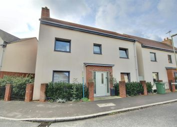 Harrow Way, Waterlooville PO7. 4 bed detached house for sale