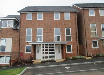 Thumbnail 3 bedroom town house to rent in Burroughs Drive, Dartford