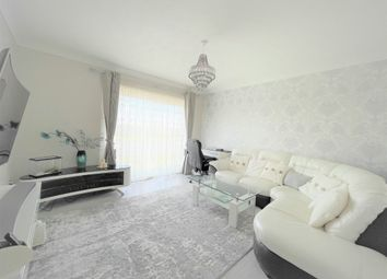 Thumbnail Flat for sale in Greenway, Yeading, Hayes