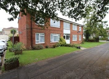 Thumbnail 2 bed flat to rent in Simmons Close, Hedge End, Southampton