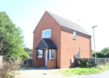 Thumbnail 2 bed detached house to rent in 14 Bockhampton Road, Lambourn