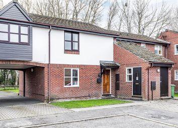 Thumbnail 1 bedroom flat for sale in Hawkslade, Aylesbury