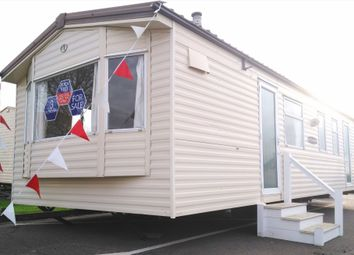Thumbnail 3 bed property for sale in Clacton-On-Sea
