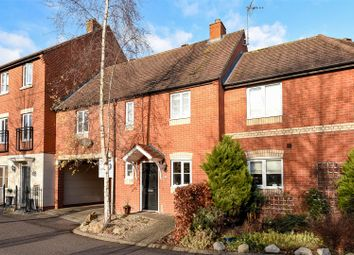 Thumbnail 3 bed town house for sale in Chapel Close, Wantage