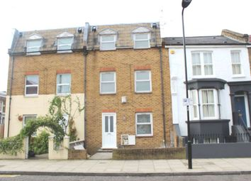 Thumbnail 4 bed detached house to rent in Glyn Road, London