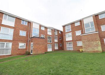 Thumbnail 2 bed flat to rent in Trafalgar Court, Braintree