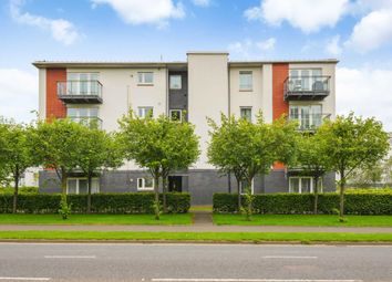 Thumbnail 3 bed flat for sale in Redshank Avenue, Braehead, Renfrew