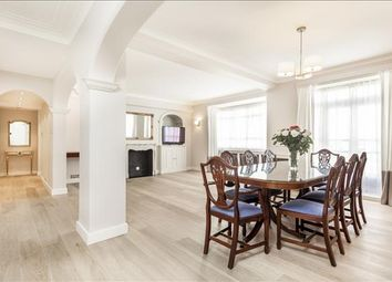 Thumbnail 3 bed flat to rent in Lancaster Court, Hyde Park, London