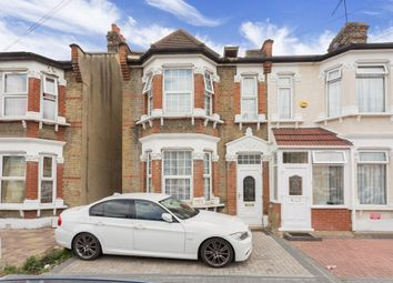 Thumbnail 7 bed terraced house to rent in Henley Road, Ilford