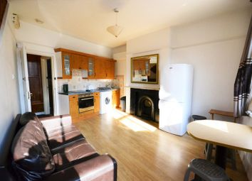 2 bed maisonette to rent in New Cross Road, New Cross SE14