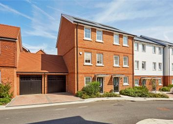 Thumbnail 4 bed terraced house for sale in Woodland Road, Dunton Green, Sevenoaks, Kent