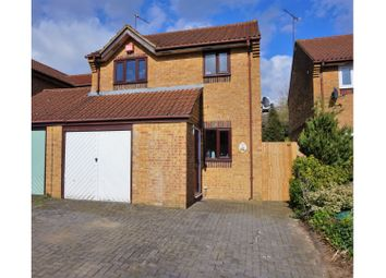 3 bed detached house for sale in Fuller Close, Swindon SN2