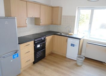 Thumbnail 2 bedroom flat to rent in Victoria Road, Farnborough