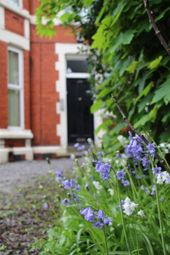 Thumbnail 2 bed flat to rent in Park Road North, Birkenhead