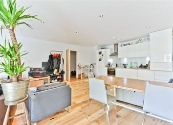 Thumbnail 3 bed flat to rent in Boleyn Road, London
