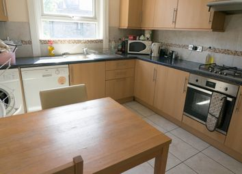 Thumbnail 4 bed flat to rent in St Johns Way, Archway, London