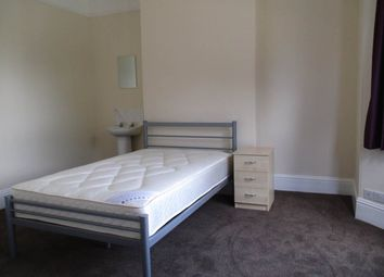 Thumbnail Room to rent in Magdalen Road, St. Leonards, Exeter