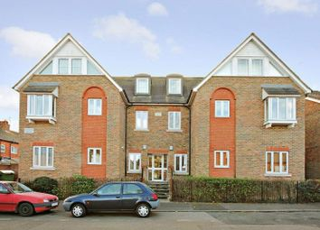 Thumbnail 2 bed flat for sale in Wincliff Road, Tonbridge