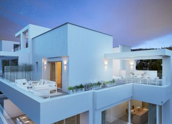 Thumbnail 3 bed apartment for sale in La Quinta, Benahavís, Málaga, Andalusia, Spain