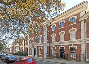 Thumbnail 2 bed flat to rent in New End, London