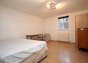 Thumbnail 3 bed flat to rent in Temple Street, London, Haggerston