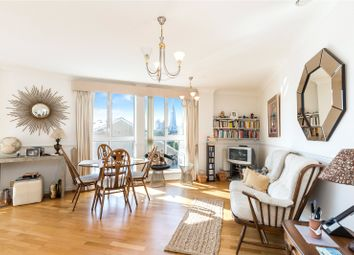 Hermitage Waterside, Thomas More Street, London E1W. 2 bed flat