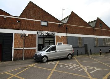 Thumbnail Commercial property to let in Mill Mead Industrial Centre, Mill Mead Road, London