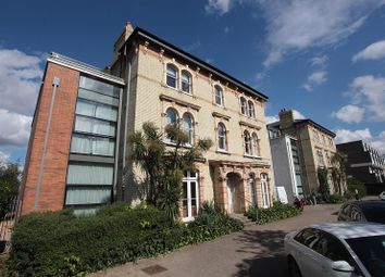 Thumbnail 3 bed flat to rent in Carlton Drive, London