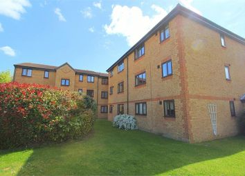 Thumbnail 1 bed flat to rent in Walpole Road, Burnham, Berkshire